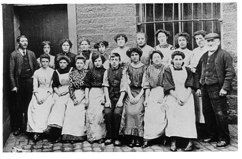 Group of mill girls