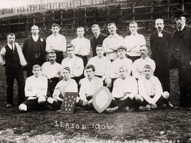 Football team, 1906-07 season