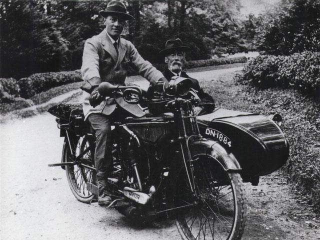 Mr Hird & Mr Hale on a Rex-Acme, 1919